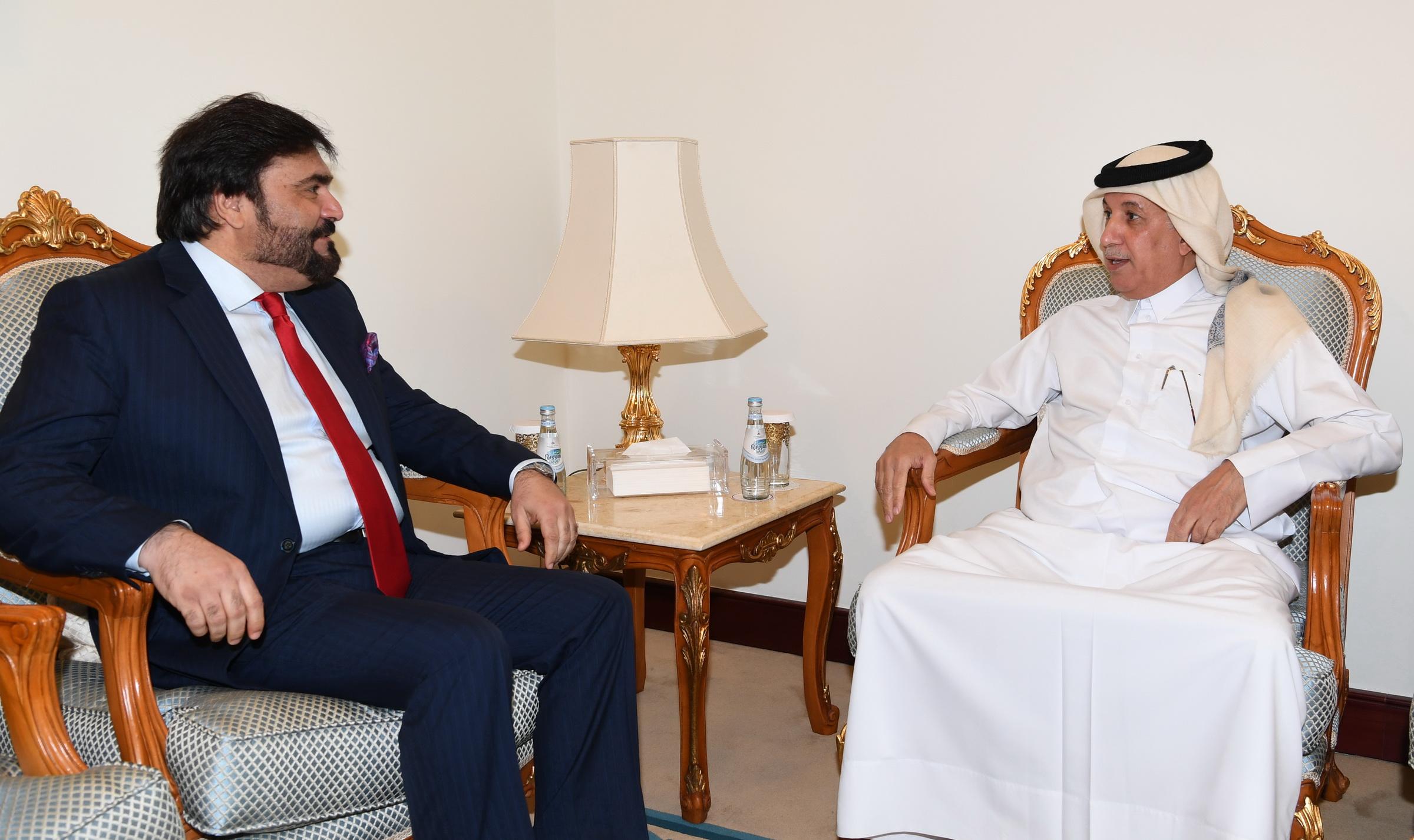 وزير الدولة للشؤون الخارجية يجتمع مع سفيري أفغانستان والصين