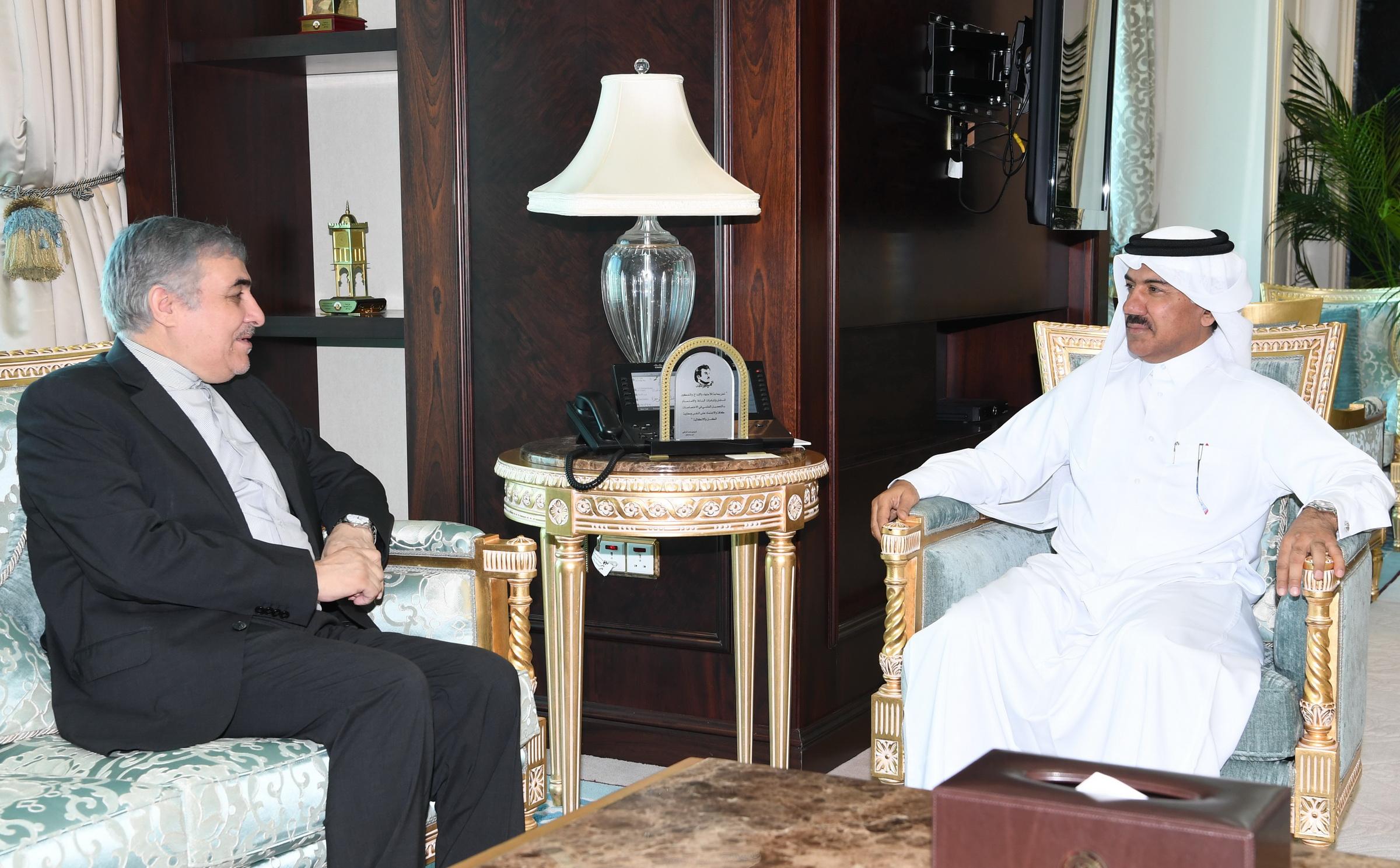 الأمين العام لوزارة الخارجية يجتمع مع سفير إيران