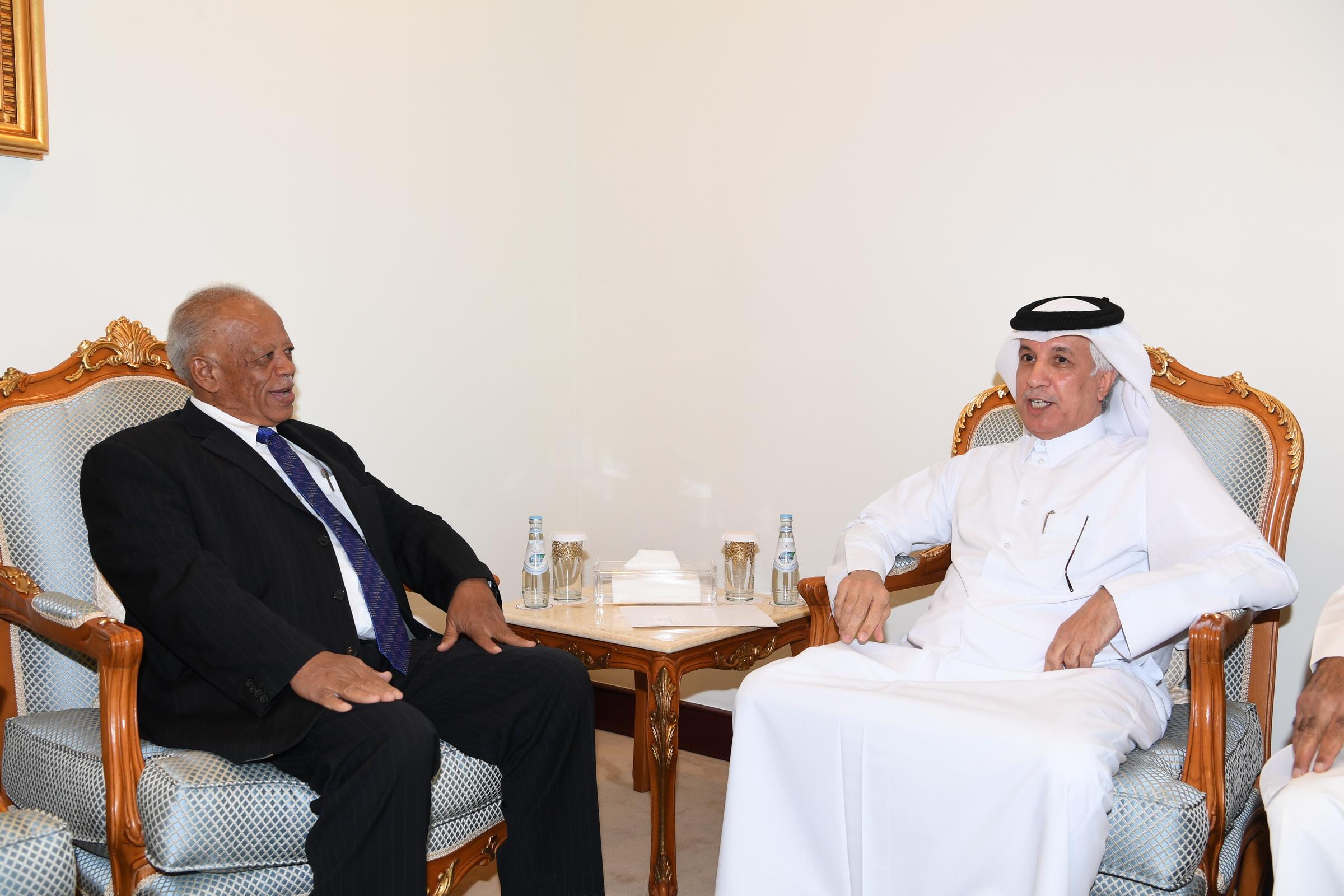 وزير الدولة للشؤون الخارجية يجتمع مع وكيل وزارة الخارجية السوداني