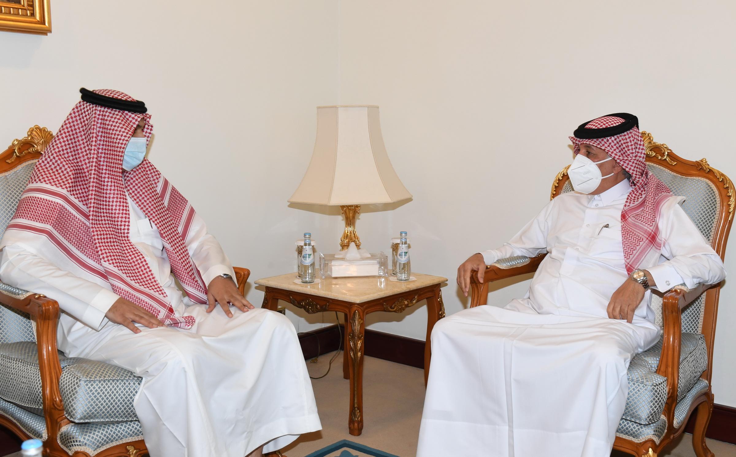 وزير الدولة للشؤون الخارجية يجتمع مع القائم بالأعمال السعودي