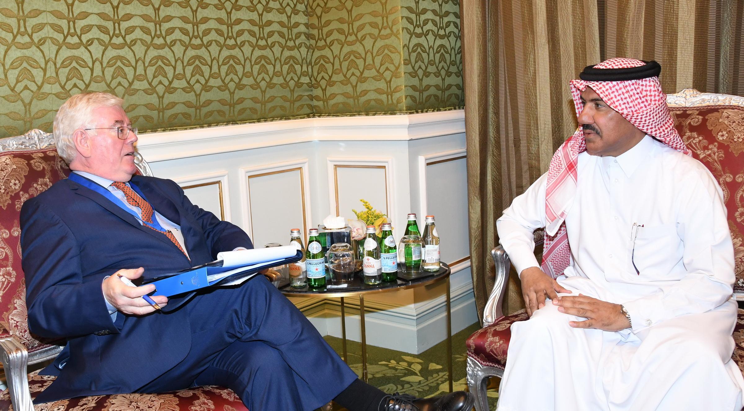 الأمين العام لوزارة الخارجية يجتمع مع عدد من المسؤولين على هامش المؤتمر الدولي حول وسائل التواصل الاجتماعي