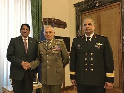 رئيس أركان الدفاع الإيطالي يجتمع مع سفير قطر