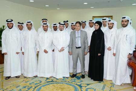 برنامج تدريبي لطلاب من كلية أحمد بن محمد العسكرية بوزارة الخارجية