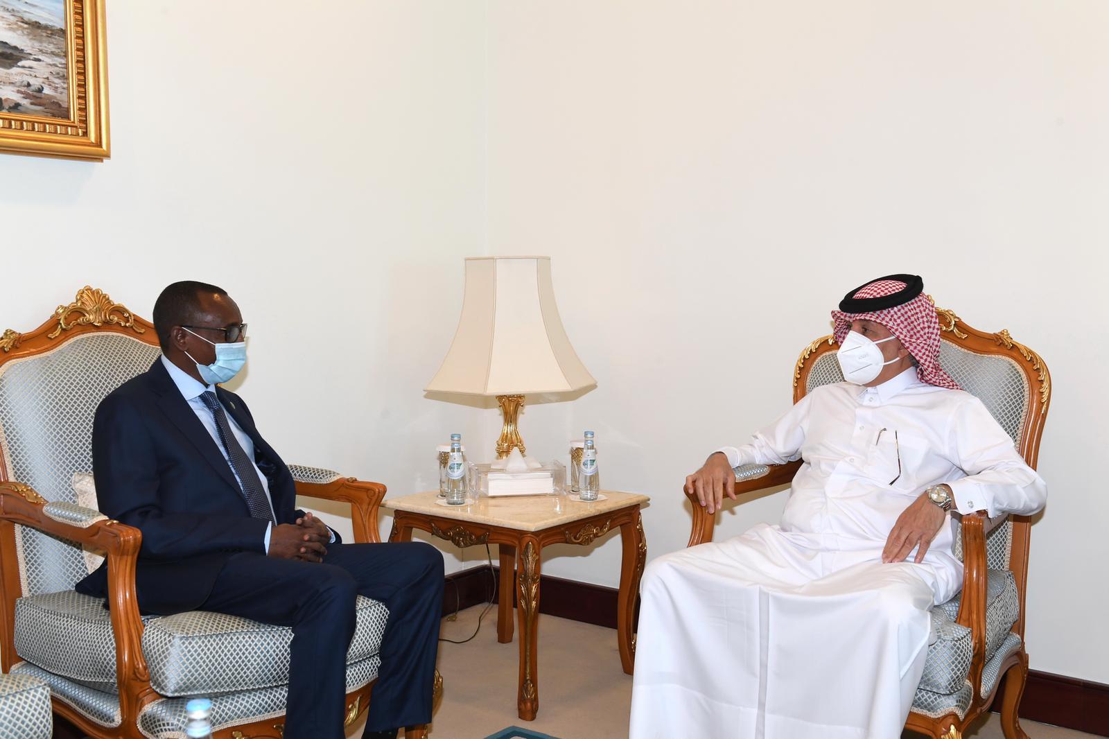 وزير الدولة للشؤون الخارجية يجتمع مع سفير جيبوتي