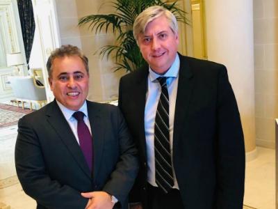 رئيس مجموعة الصداقة القطرية الفرنسية يجتمع مع سفير دولة قطر