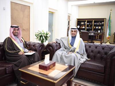 رئيس مجلس الأمة الكويتي يجتمع مع سفير دولة قطر
