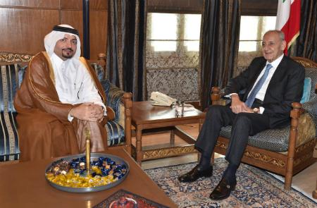 رئيس مجلس النواب اللبناني يستقبل سفير دولة قطر