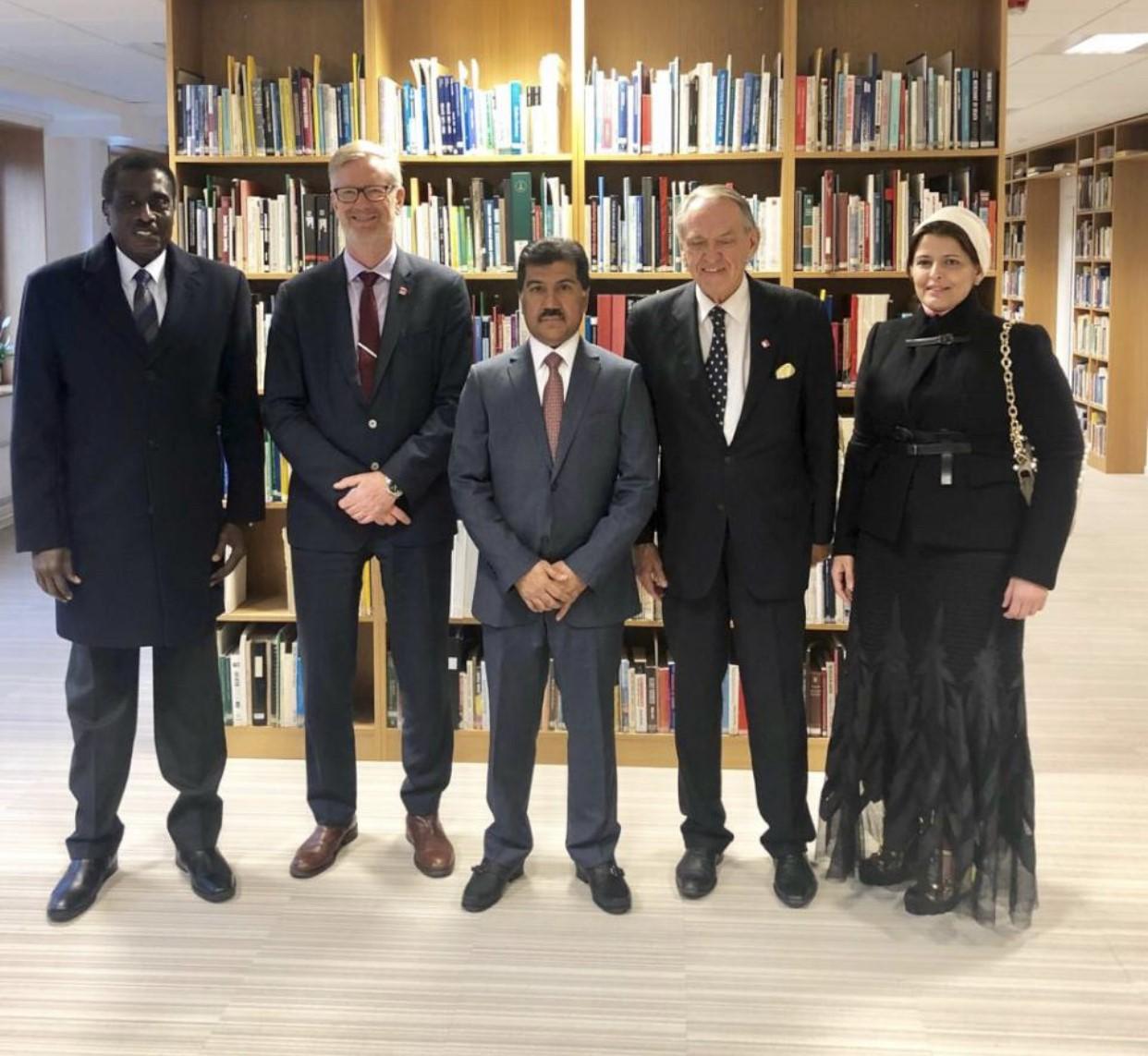 الأمين العام لوزارة الخارجية يجتمع مع مسؤولين بمعهد ستوكهولم الدولي لأبحاث السلام