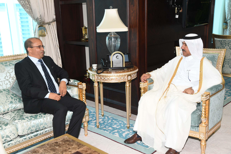 الأمين العام لوزارة الخارجية يتسلم نسخة من أوراق اعتماد سفير تونس