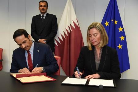 سمو الأمير يشهد التوقيع على ترتيبات تعاون مشترك مع الاتحاد الأوروبي