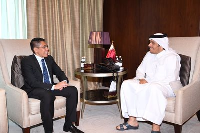 HH the Emir Receives Message from President of Singapore