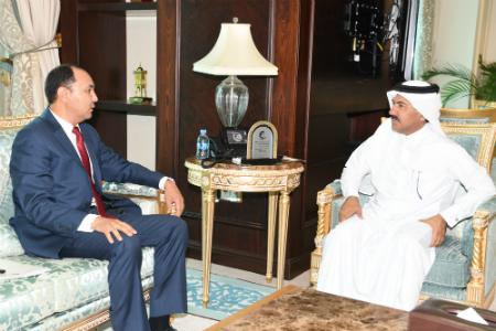 الأمين العام لوزارة الخارجية يجتمع مع سفير قرغيزيا