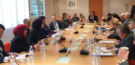 المتحدث الرسمي لوزارة الخارجية تشارك في مائدة مستديرة بالمعهد الفرنسي للعلاقات الدولية