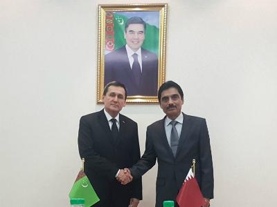 نائب رئيس الوزراء وزير خارجية تركمانستان يجتمع مع سفير قطر