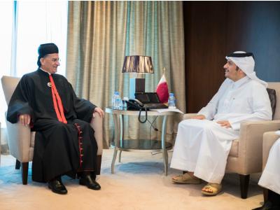 نائب رئيس مجلس الوزراء وزير الخارجية يجتمع مع بطريرك أنطاكية وسائر المشرق