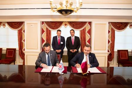 نائب رئيس مجلس الوزراء وزير الخارجية يجتمع مع رئيس اللجنة الدولية للصليب الأحمر