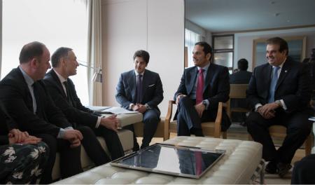 نائب رئيس مجلس الوزراء وزير الخارجية يجتمع مع رئيس مجموعة الصداقة الفرنسية ودول الخليج
