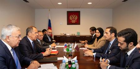 نائب رئيس مجلس الوزراء وزير الخارجية يجتمع مع مسؤولين على هامش أعمال الدورة الـ 74 للجمعية العامة للأمم المتحدة