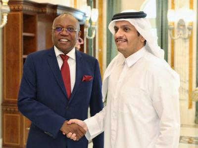 نائب رئيس مجلس الوزراء وزير الخارجية يجتمع مع وزير خارجية أنغولا