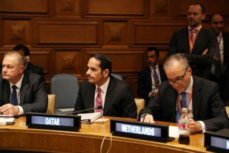 نائب رئيس مجلس الوزراء وزير الخارجية يشارك في اجتماع لجنة الارتباط العاجلة على المستوى الوزاري
