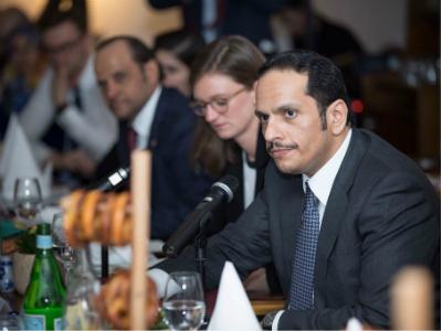 نائب رئيس مجلس الوزراء وزير الخارجية يشارك في مائدة مستديرة على هامش فعاليات مؤتمر ميونخ للأمن