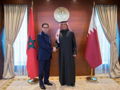 نائب رئيس مجلس الوزراء وزير الخارجية يلتقي وزير الشؤون الخارجية والتعاون الدولي المغربي