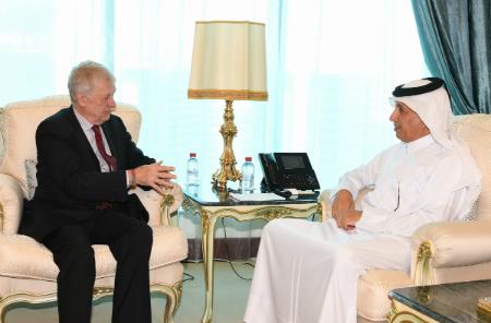 وزير الدولة للشؤون الخارجية يجتمع مع المبعوث البلجيكي إلى سوريا
