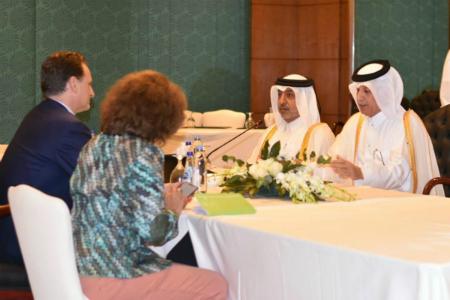 وزير الدولة للشؤون الخارجية يجتمع مع مفوض عام الأونروا