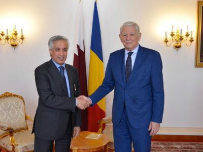 وزير الدولة للشؤون الخارجية يجتمع مع وزير خارجية رومانيا