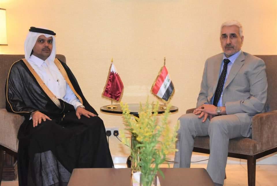 وزير الشباب والرياضة العراقي يجتمع مع القائم بالأعمال القطري