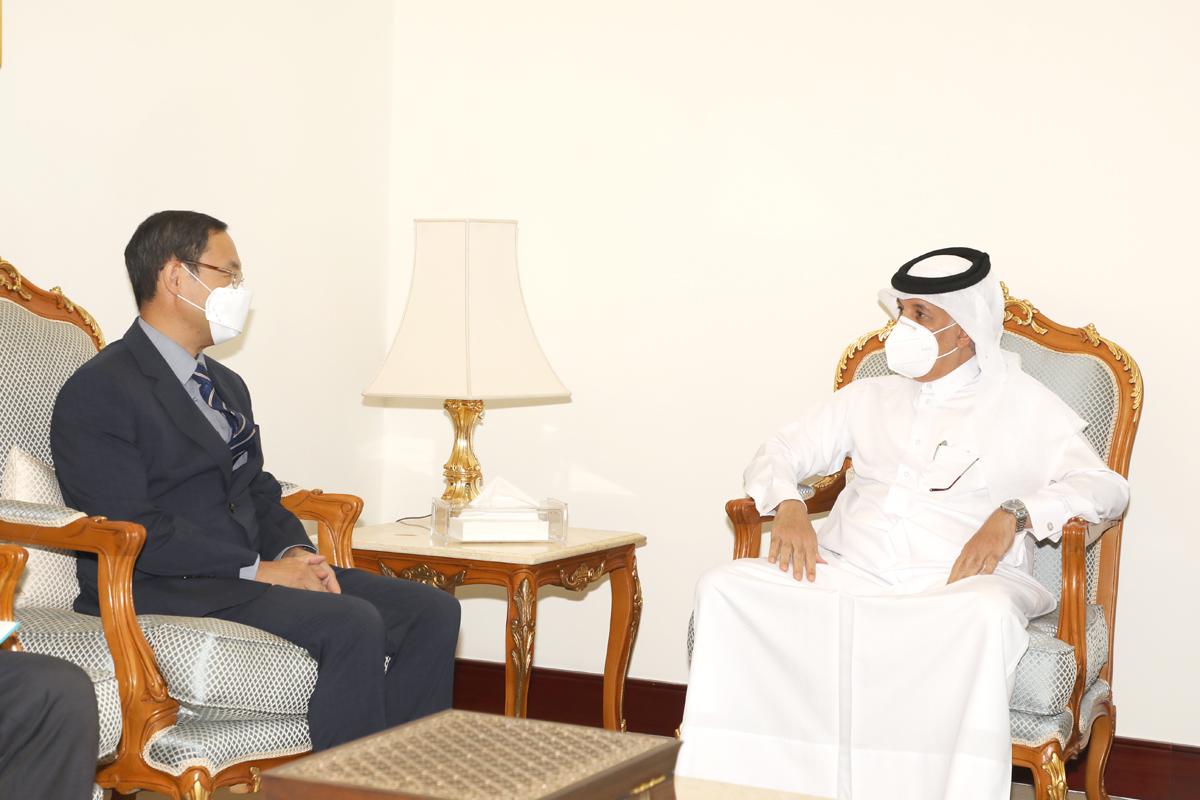 وزير الدولة للشؤون الخارجية يودع سفير كوريا الجنوبية