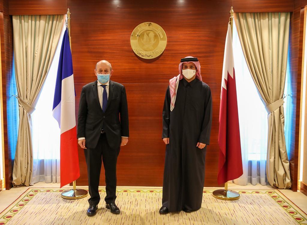 نائب رئيس مجلس الوزراء وزير الخارجية يجتمع مع وزير الشؤون الخارجية الفرنسي