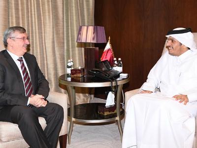 سعادة وزير الخارجية يجتمع مع السفير التركي