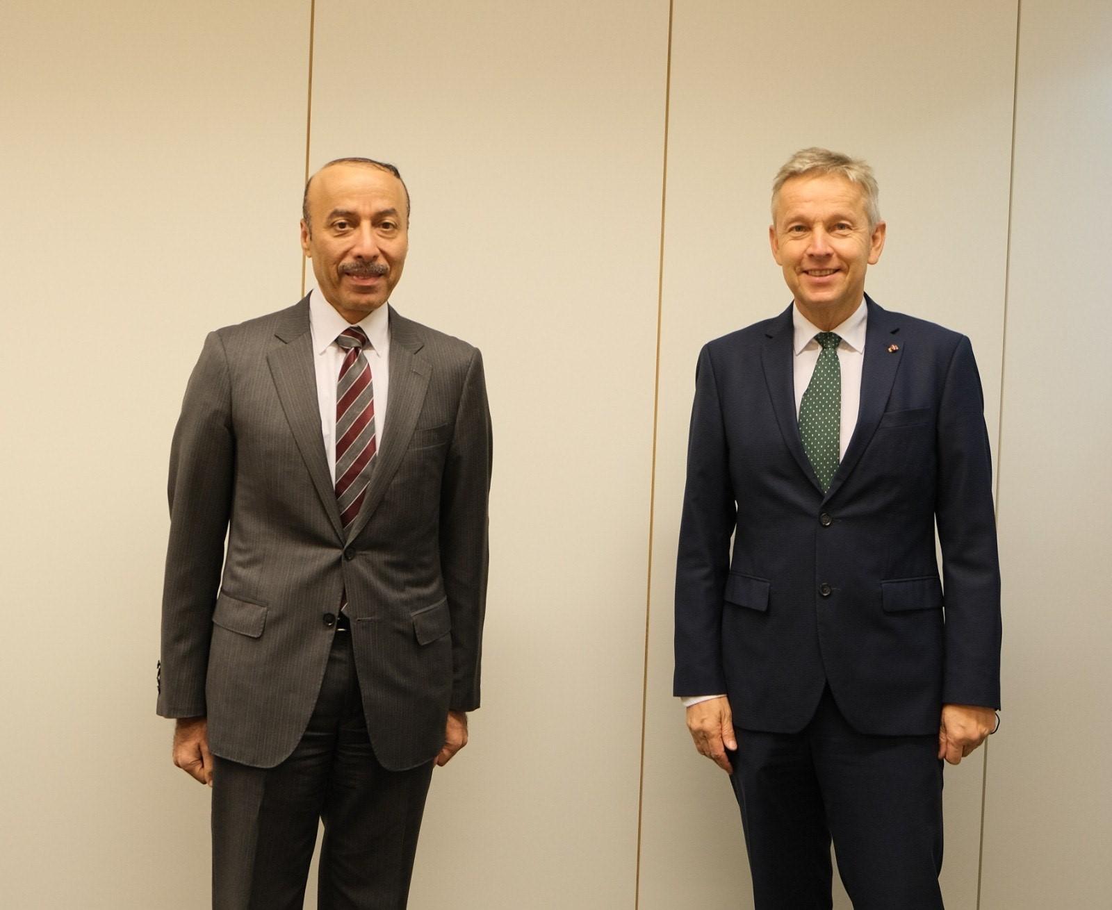 برلماني نمساوي يشيد بإعلان سمو الأمير عن إجراء انتخابات مجلس الشورى