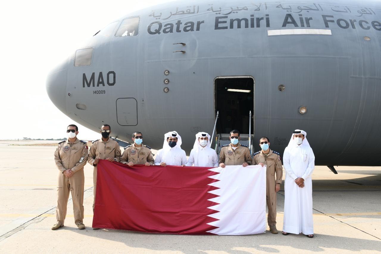 تنفيذا لتوجيهات سمو الأمير.. وصول طائرتين قطريتين تحملان مستشفيين ميدانيين إلى لبنان