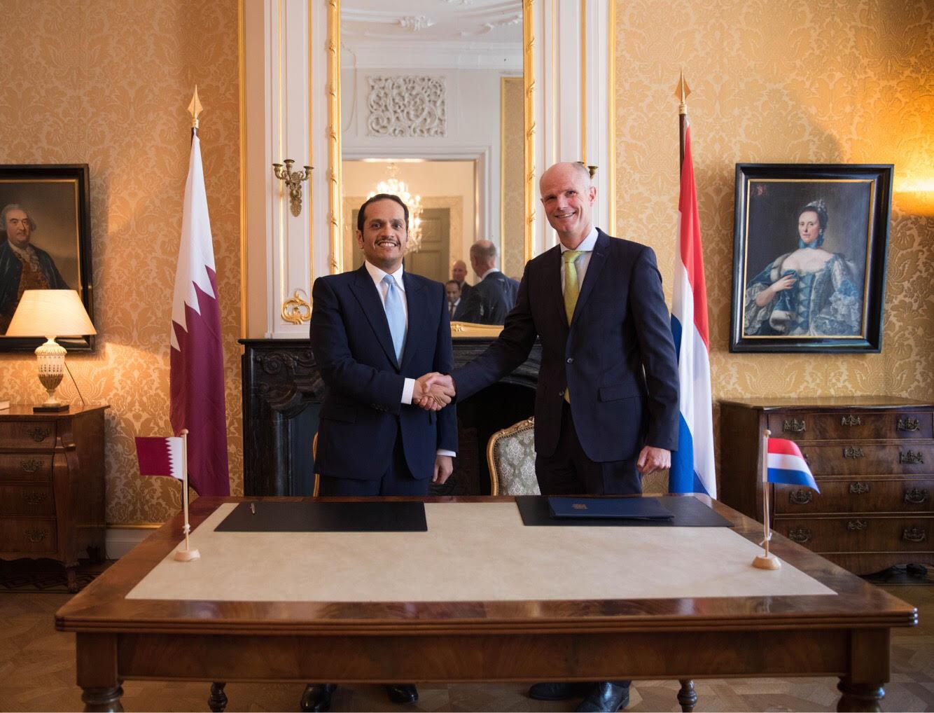 نائب رئيس مجلس الوزراء وزير الخارجية يجتمع مع وزير الخارجية الهولندي
