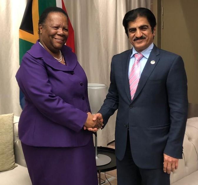 رسالتان خطيتان من نائب رئيس مجلس الوزراء وزير الخارجية لوزيرة العلاقات الدولية والتعاون بجنوب إفريقيا