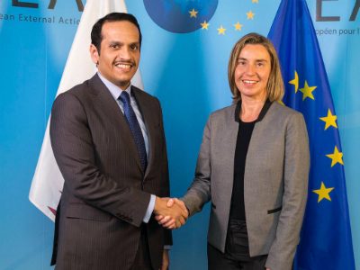 وزير الخارجية يجتمع مع الممثلة العليا للسياسة الخارجية والأمنية بالاتحاد الأوروبي