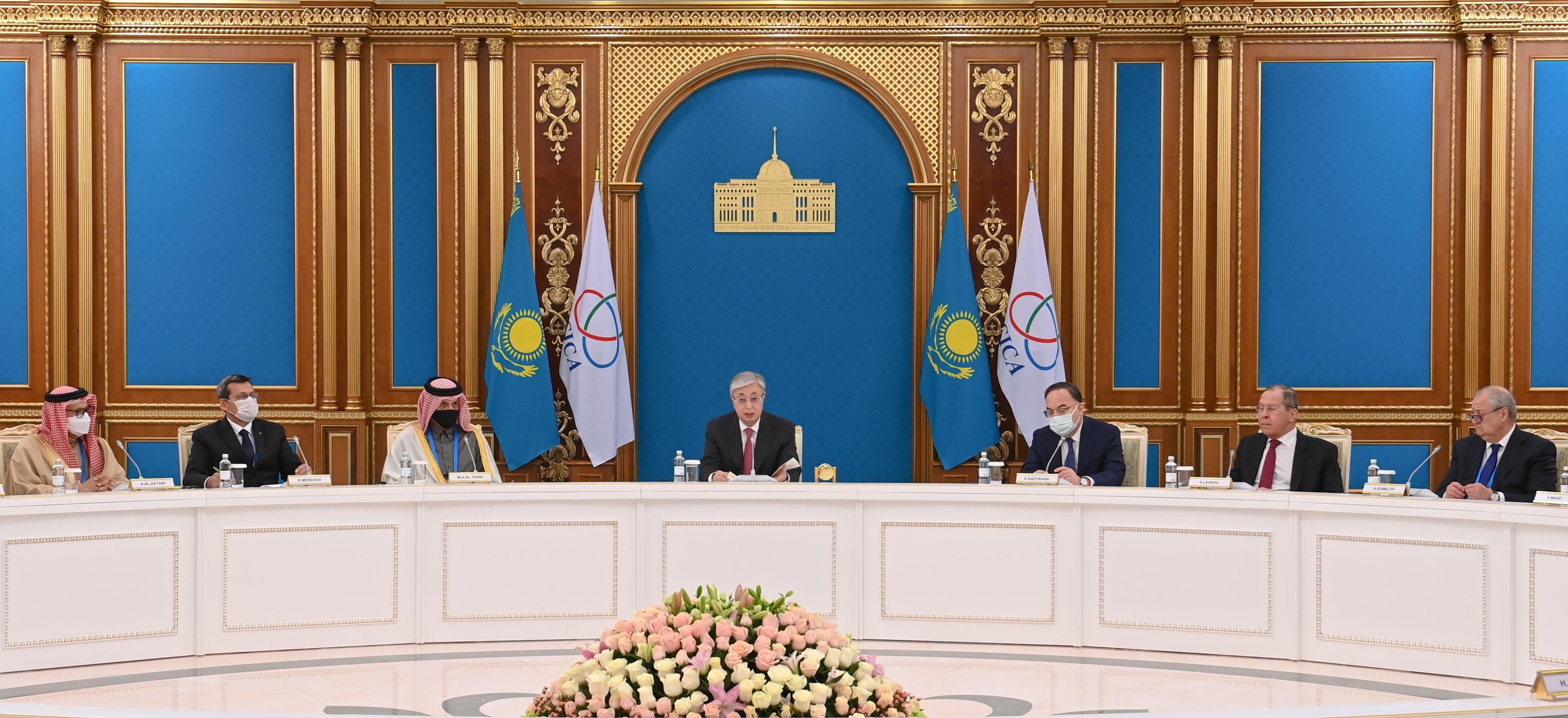 رئيس جمهورية كازاخستان يستقبل نائب رئيس مجلس الوزراء وزير الخارجية
