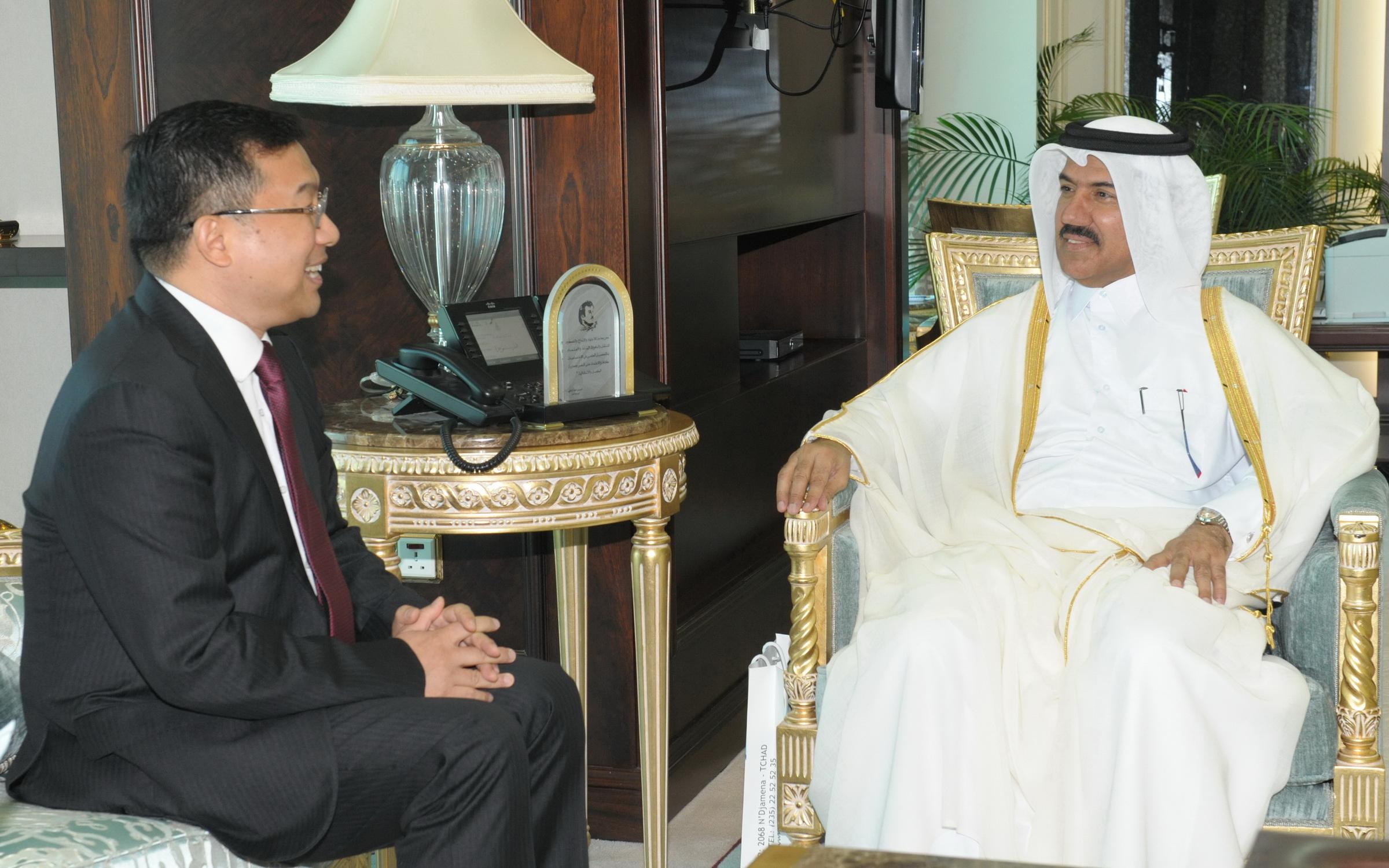 الأمين العام لوزارة الخارجية يتسلم نسخة من أوراق اعتماد سفراء استراليا وأفغانستان والصين