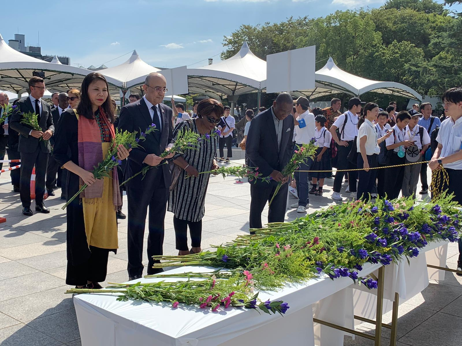 سفير دولة قطر لدى اليابان يشارك في مراسم إحياء الذكرى السنوية للقصف النووي على هيروشيما