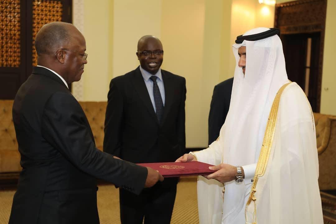 Tanzania's President Receives Credentials of Qatar's Ambassador