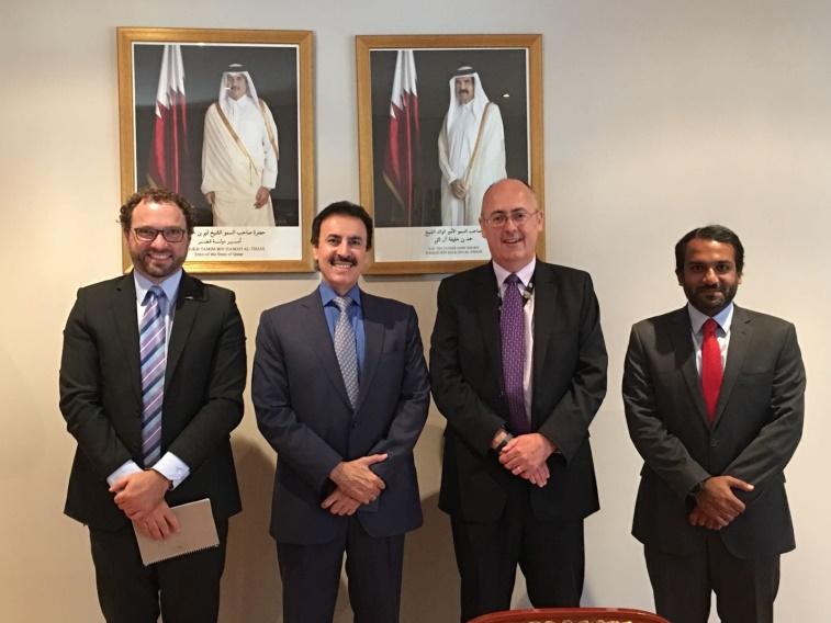 سفير دولة قطر يلتقي مسؤولين أستراليين