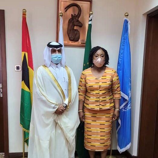 وزيرة الخارجية والتكامل الإقليمي في جمهورية غانا تجتمع مع سفير دولة قطر
