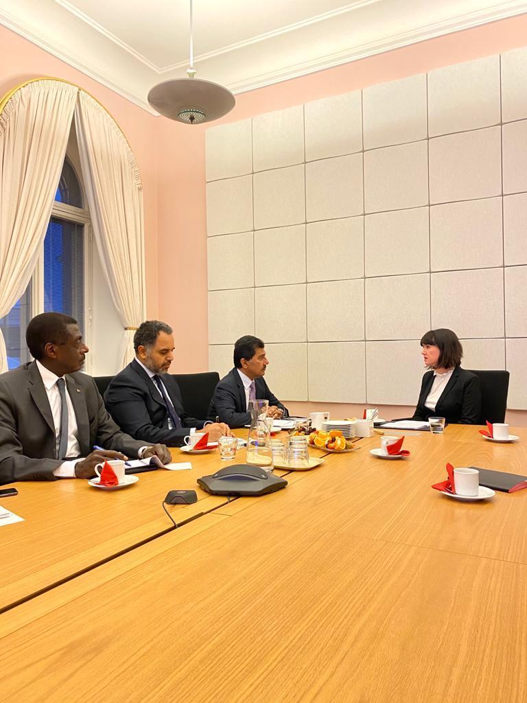الأمين العام لوزارة الخارجية يجتمع مع وزيرة الدولة للشؤون الخارجية الفنلندية