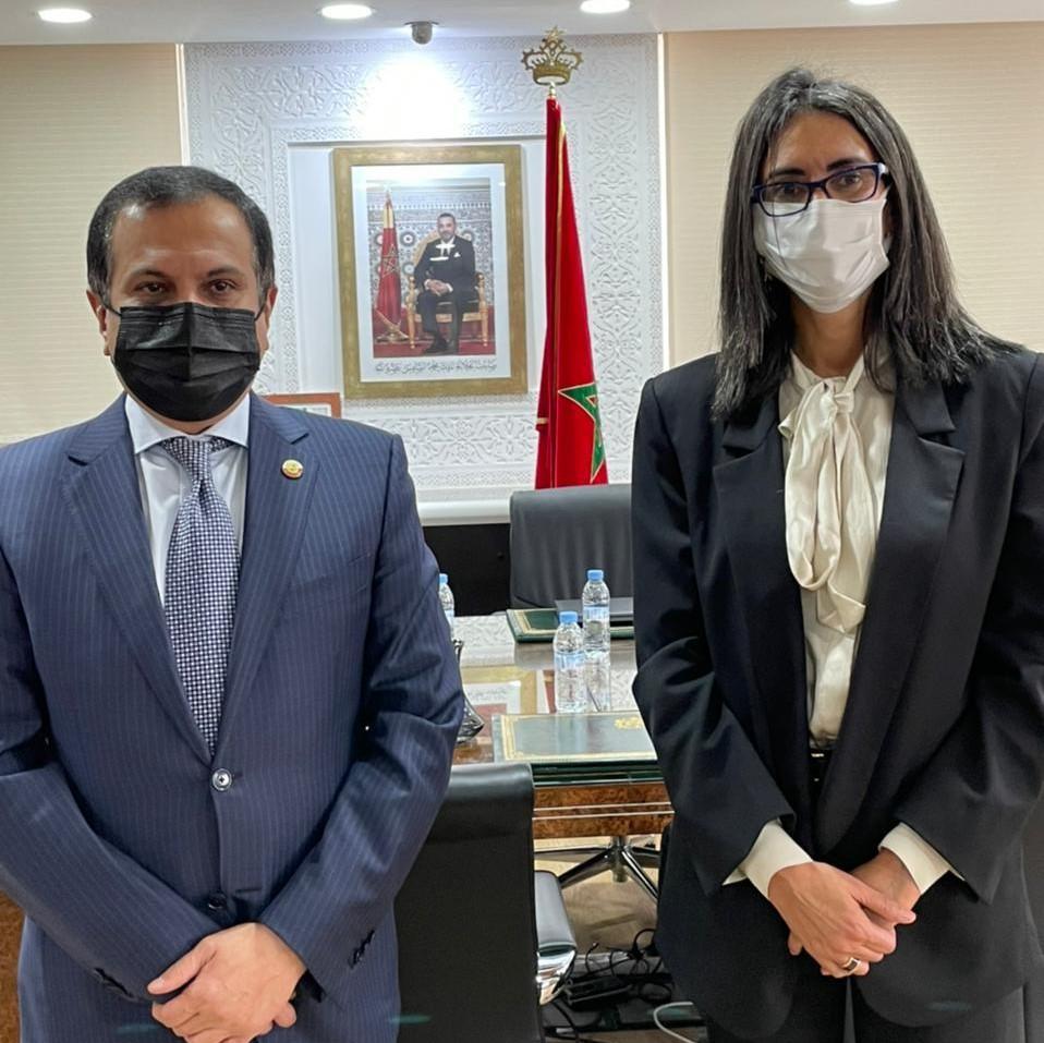 وزيرة السياحة المغربية تجتمع مع سفير دولة قطر