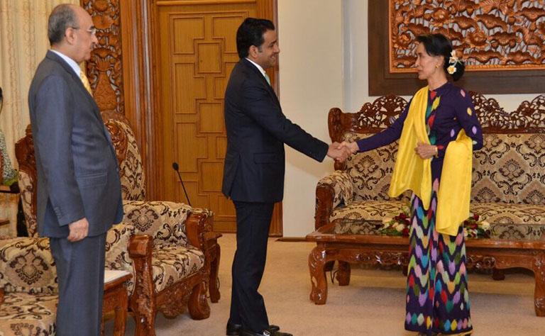 سعادة وزير الخارجية يبعث برسالة لنظيرته في ميانمار
