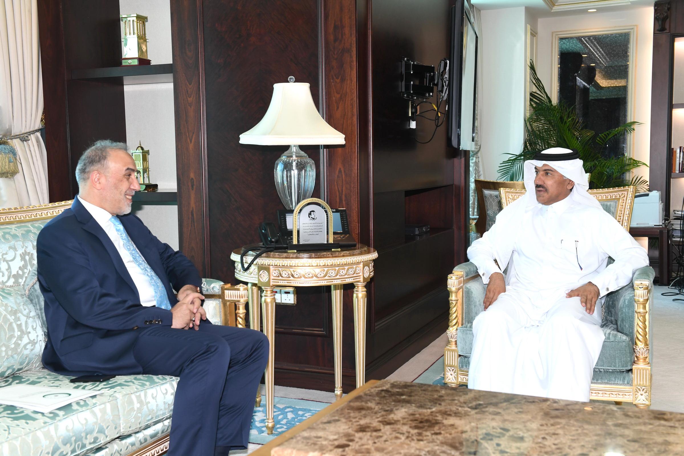 الأمين العام لوزارة الخارجية يجتمع مع مساعد الأمين العام لمنظمة التعاون الإسلامي