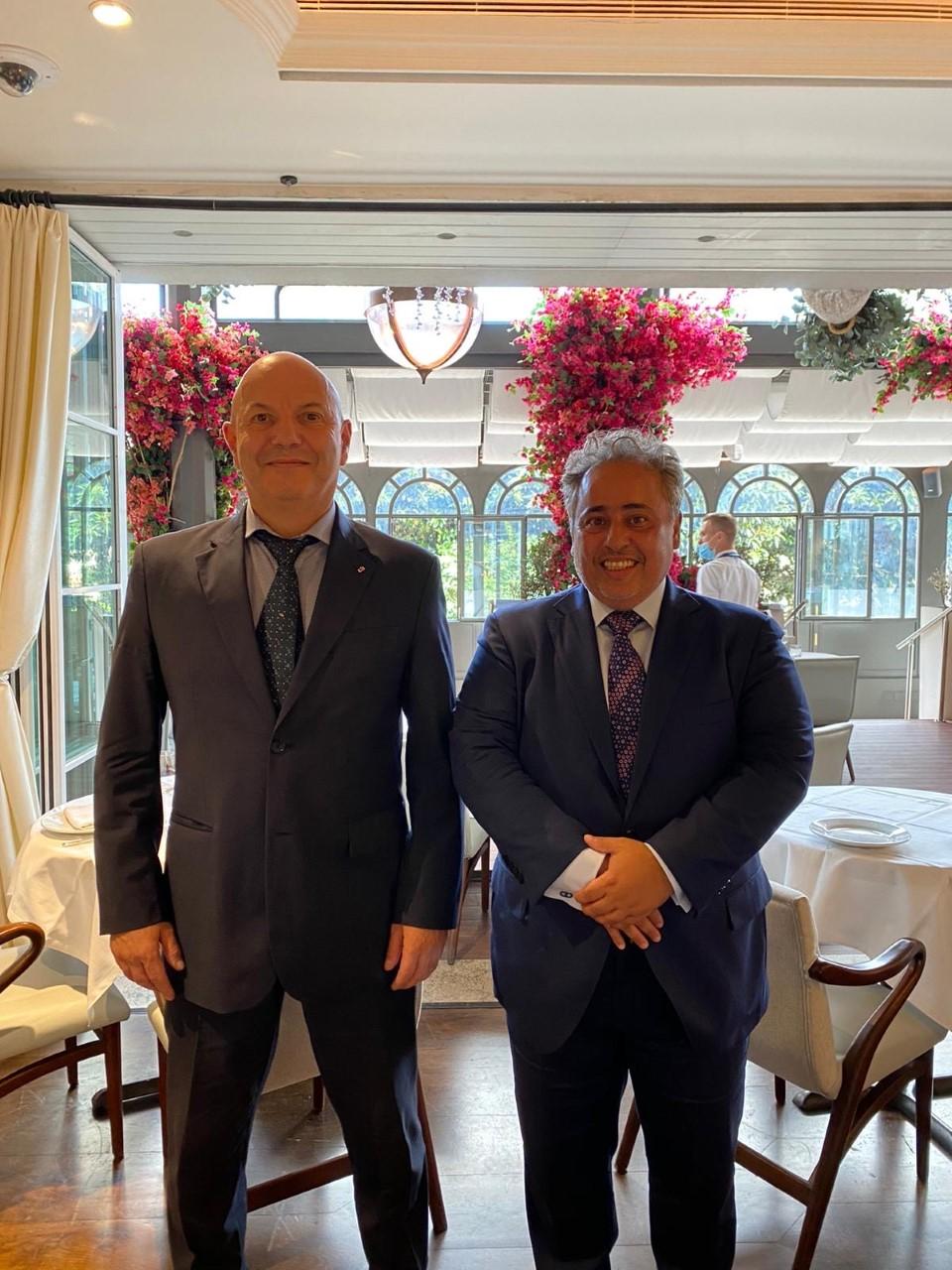 وزير العلاقات الخارجية والتعاون في إمارة موناكو يجتمع مع سفير دولة قطر