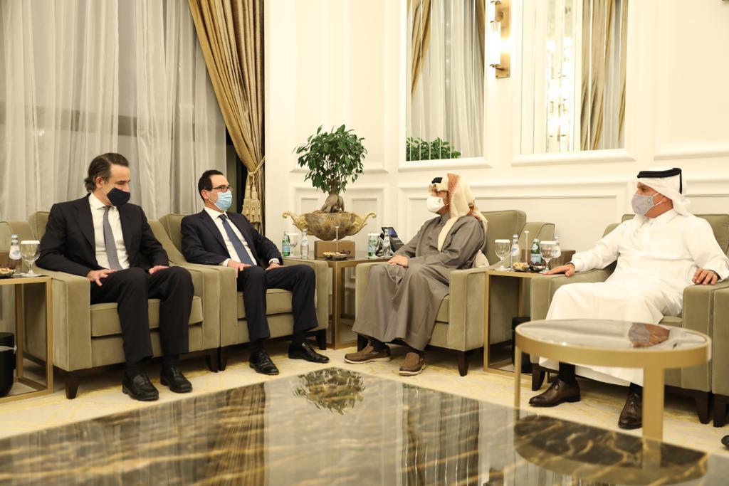 نائب رئيس مجلس الوزراء وزير الخارجية يجتمع مع وزير الخزانة الأمريكي